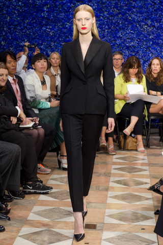 Dior Couture Fall 2012:Tour de Force