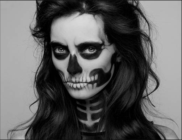 Our Halloween Makeup & Nail Inspo, That's Simply BOOtiful!