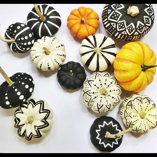 DIY Black & White Fashion Pumpkins
