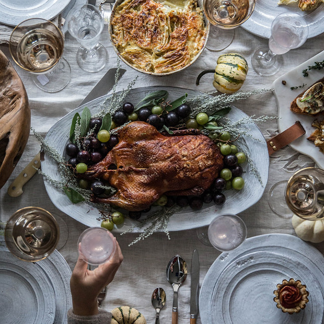 How To Have A Chic Thanksgiving