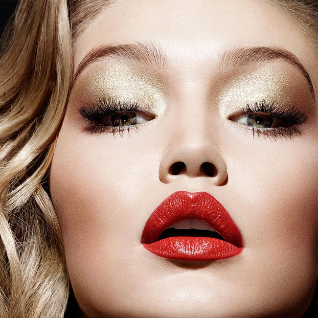 Chic Makeup & Nail Ideas for the Holidays and New Years Eve!