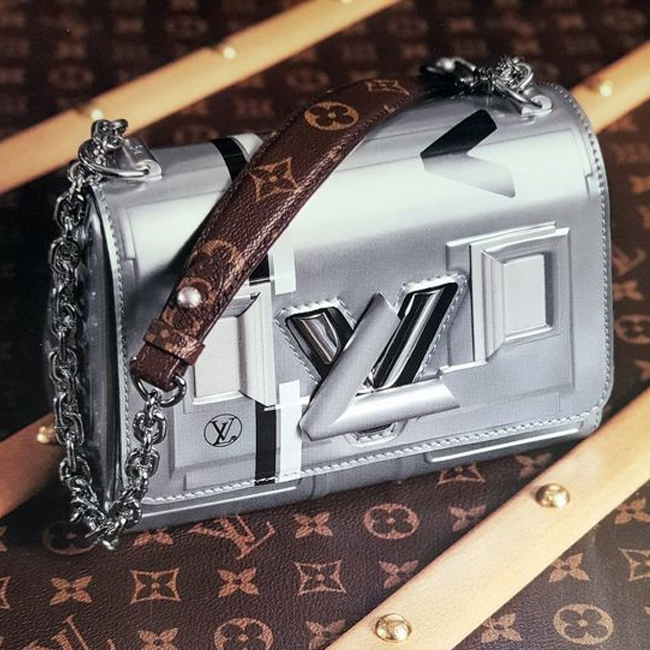 Roundup: The Best Hard To Find SS18 Louis Vuitton 'It' Bags
