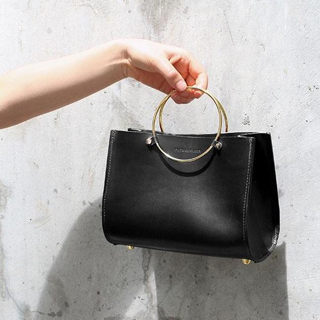 The Ring Leader In Handbags