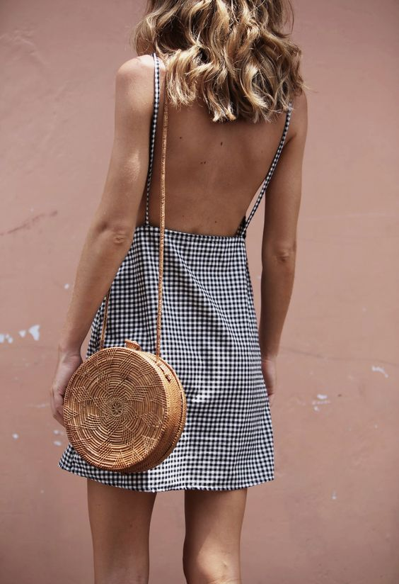 Trending: Straw Bags for Summer