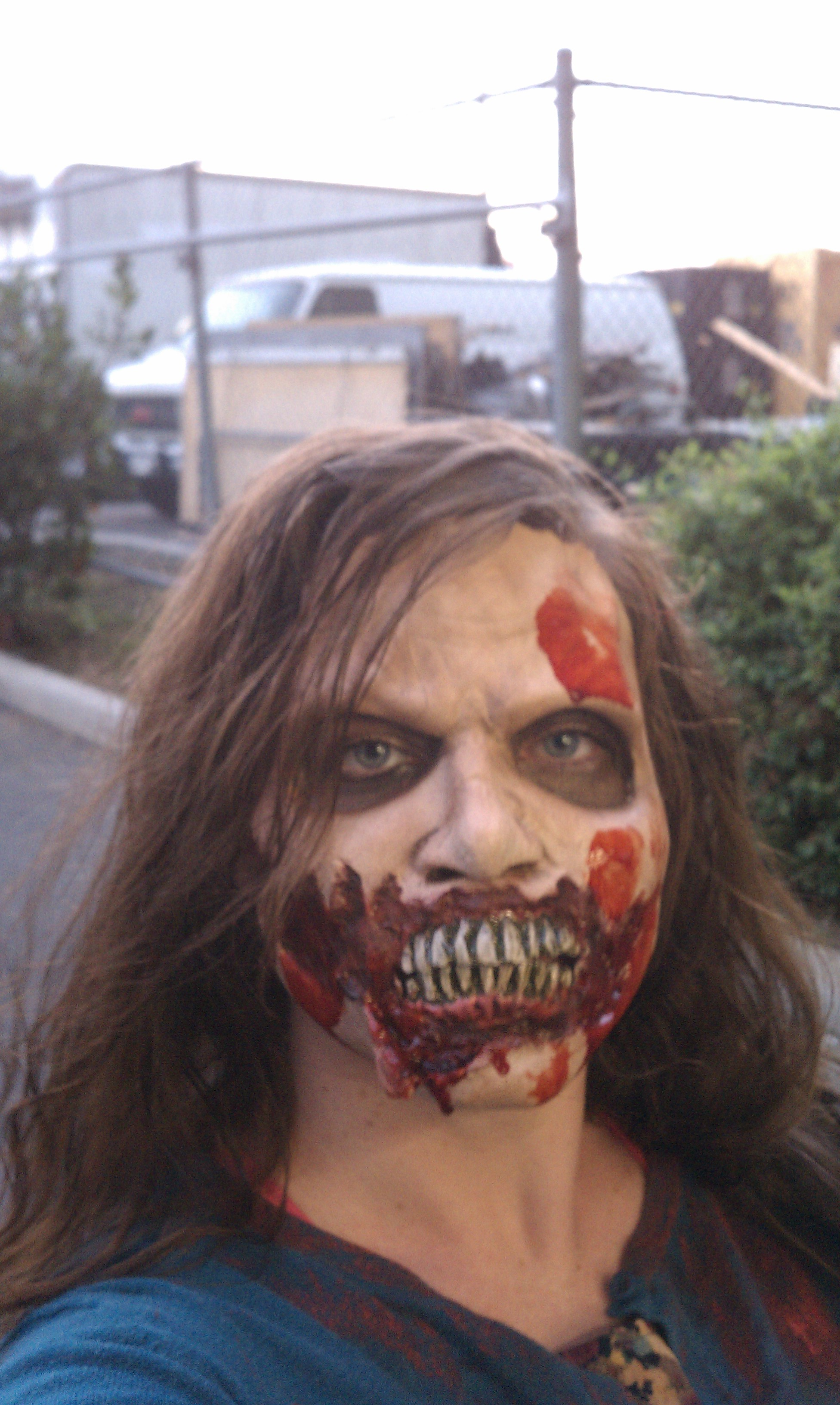 "Warning: Very Scary And Easy, Last Minute ""Walking Dead"" Costume Idea"