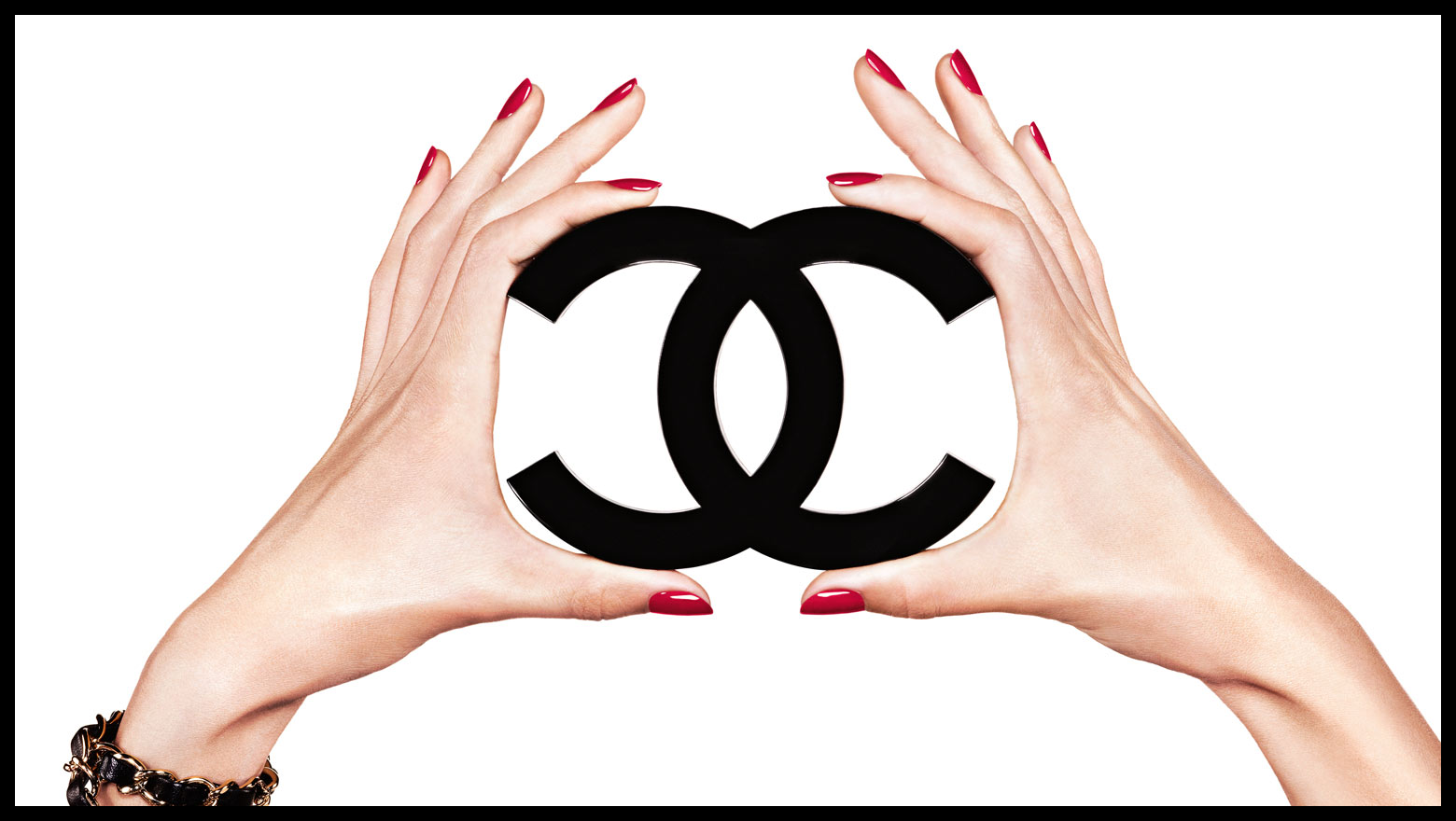 Worship and Wear: Chanel Nail Fall Color Inspo