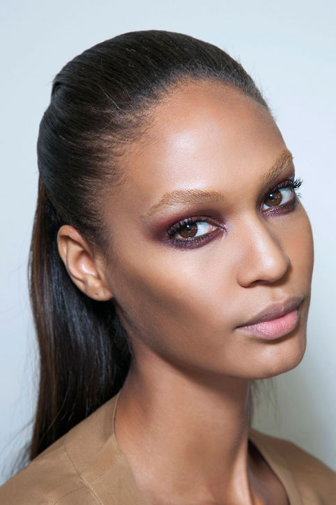 Beauty Trend: Burgundy Eyes