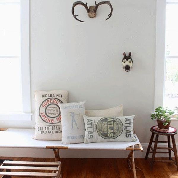Interior Design Trend : Vintage Day Beds