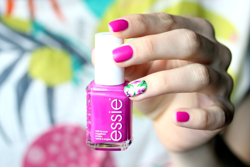 Essie-Too-Taboo-LE-limited-Edition-Summer-Neon-Nail-Polish-1
