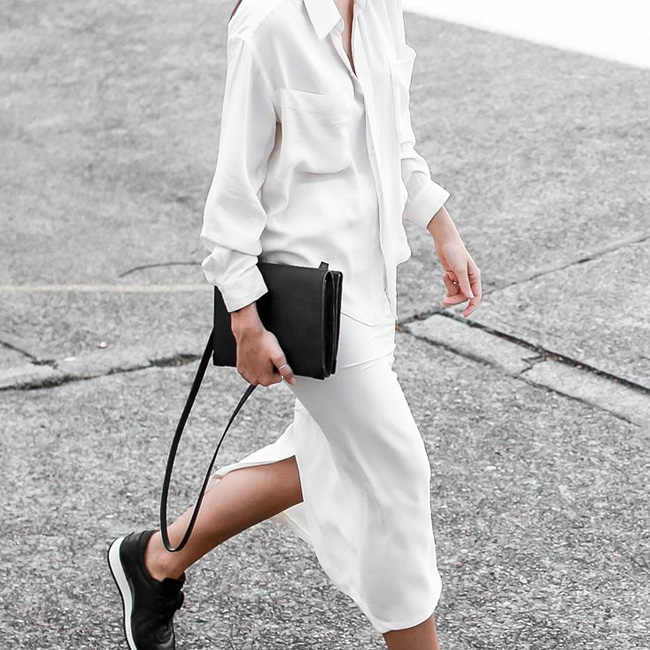 Trending Now: Black & White Looks Hitting the Streets!