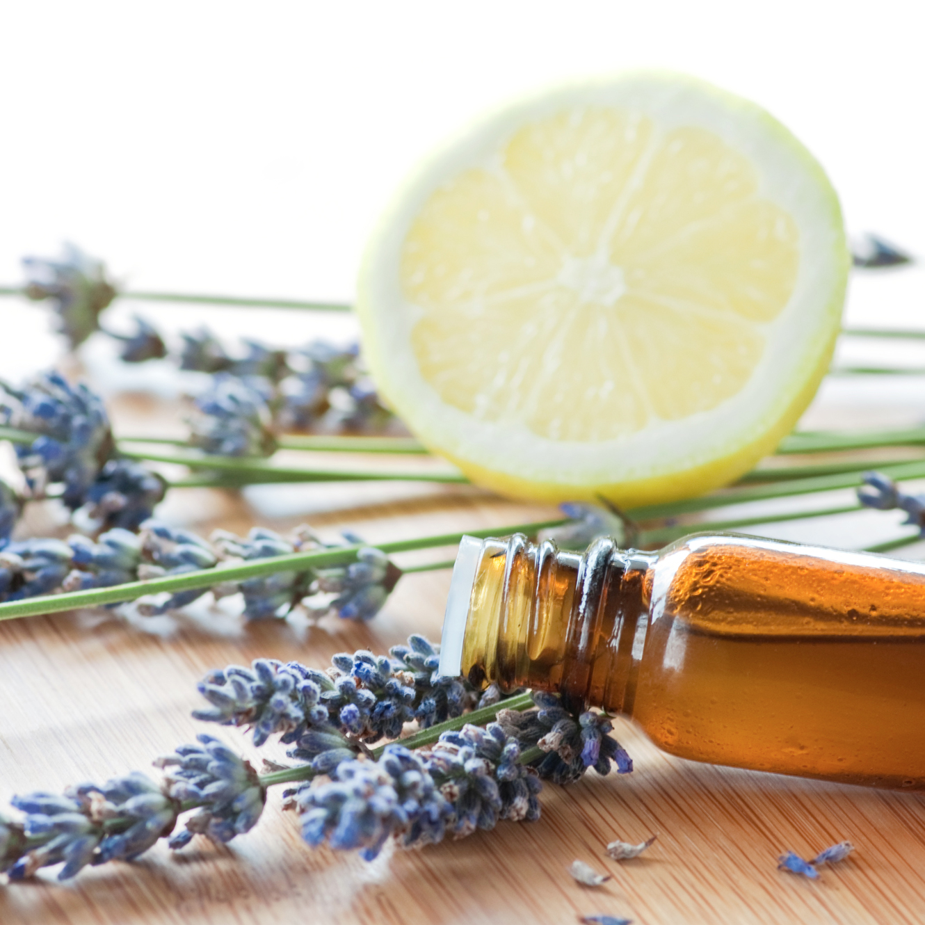 5 Essential Oils Everyone Should Add To Their Beauty Routine