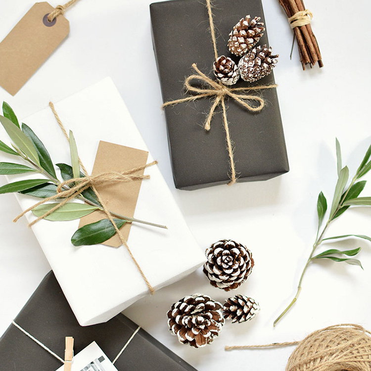 The Blonde & The Brunette's Luxe Gift Guide