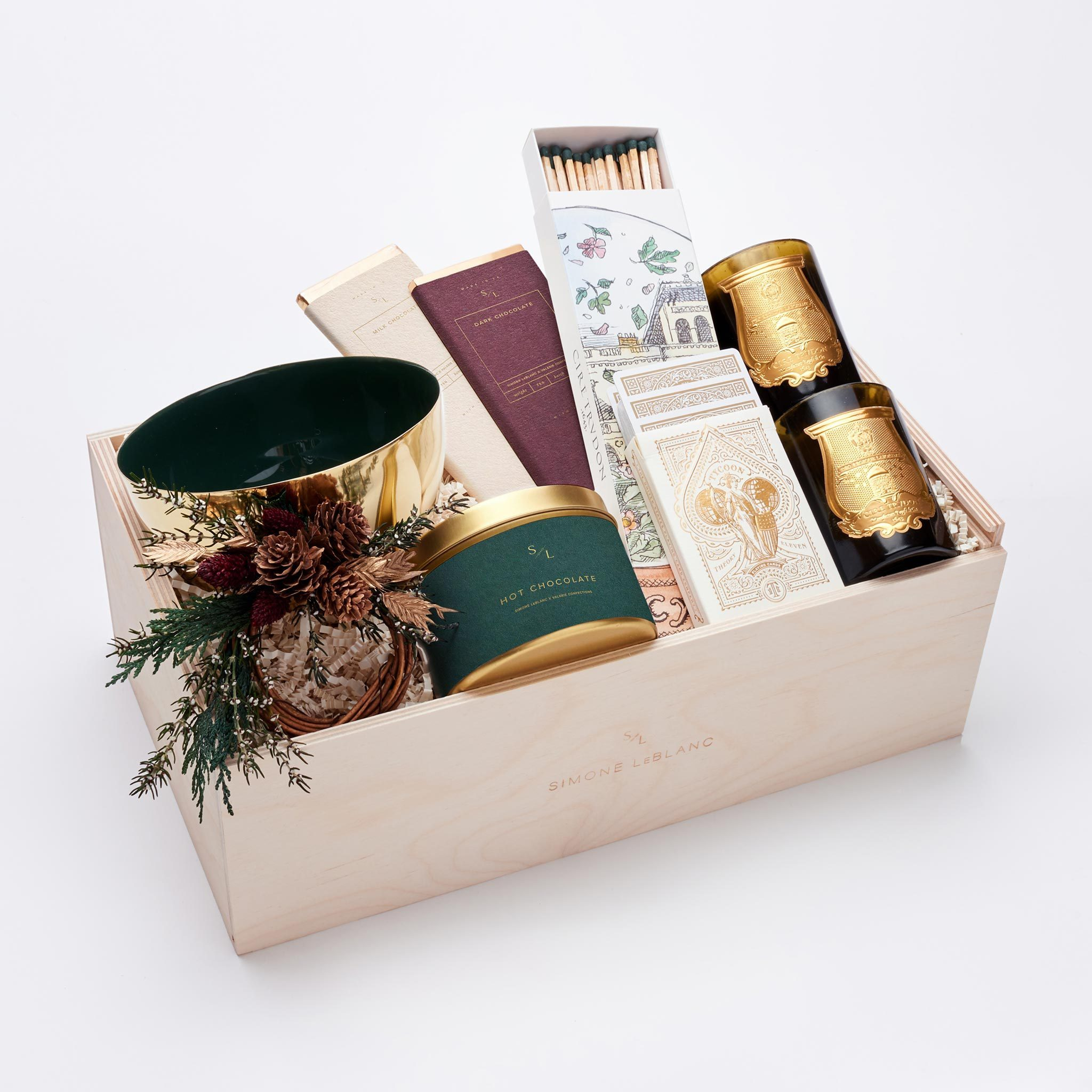 5 Chic Hostess Gifts That Will Impress At Any Holiday Party