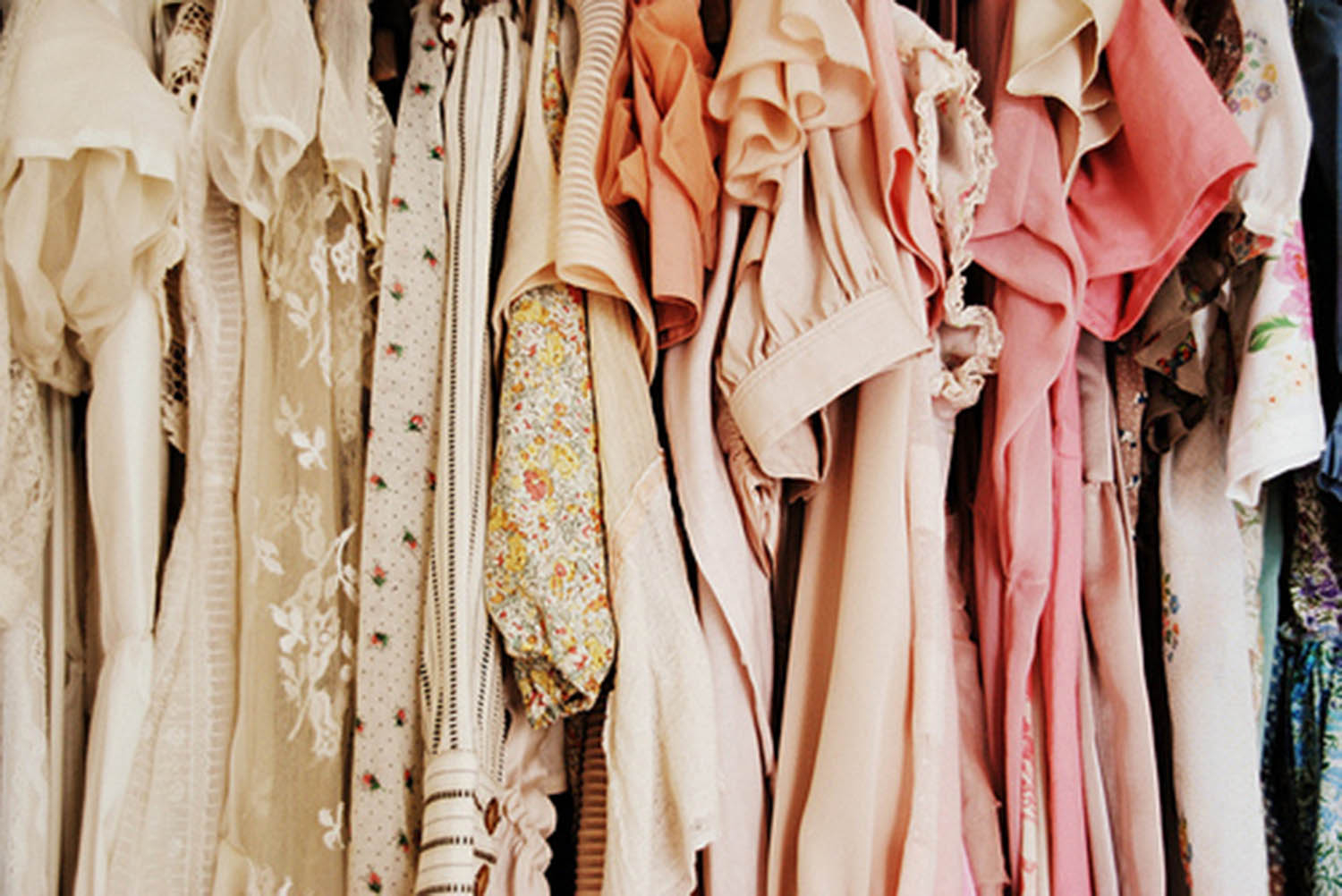 1e1e36803d Take a look at our 5 favorite online vintage consignment shops below
