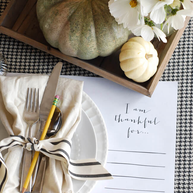 How To Host A Chic Last Minute Thanksgiving Dinner